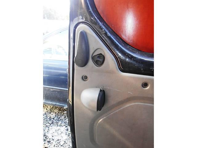 продам Ручка сдвижной двери внутреняя Opel Vivaro Опель Виваро Renault Trafic Рено Трафик Nissan Primastar бу в Ровно