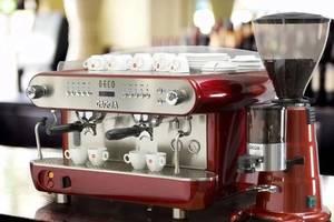 Аренда профессиональных кофемашин. Оренда професійних кавомашин.