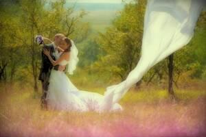Профессиональная видео-фотосъемка свадьбы/Фотограф, видео оператор на свадьбу.