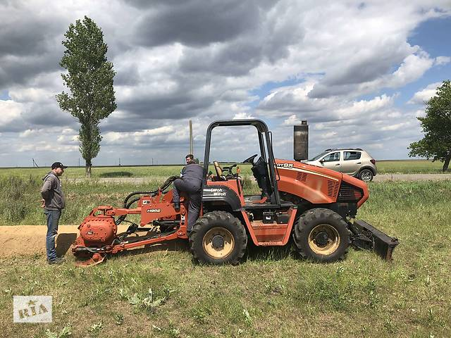 бу услуги траншеекопателя на базе трактора Ditch Witch  в Украине