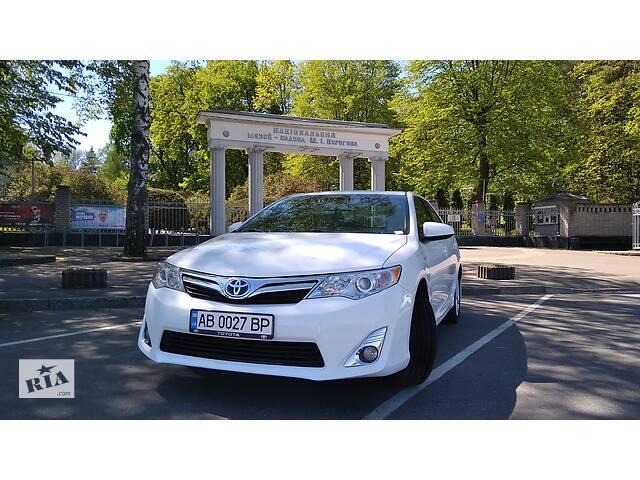 Весільне авто Toyota Camry