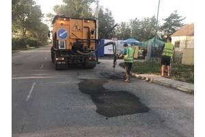 Ямковий ремонт дороги укладка асфальту асфальтування Асфальтирование