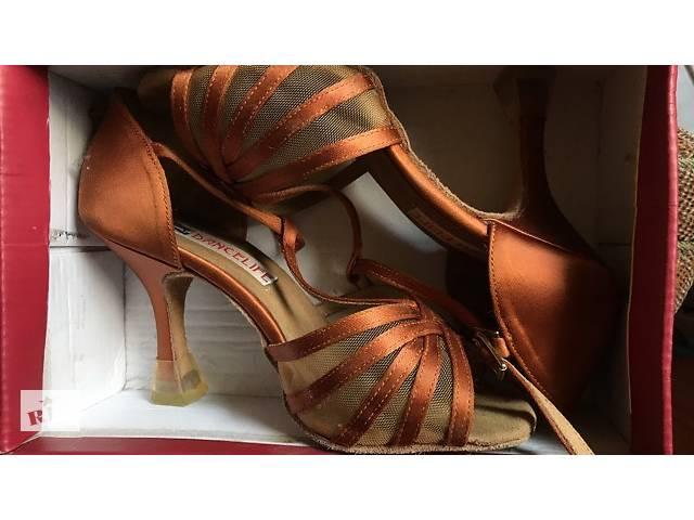 Бальні туфлі - Жіноче взуття в Києві на RIA.com 0d72ab736aa42