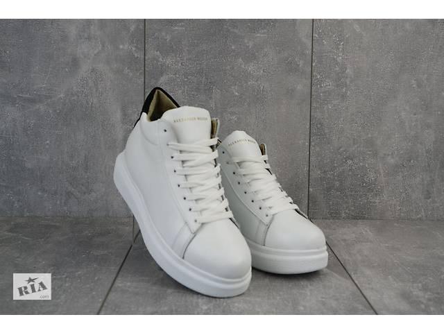 купить бу Женские кроссовки кожаные зимние белые Lions AM в Киеве