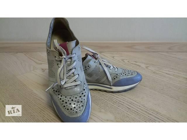 2889b1cdf32dc9 купить бу Продам женские кожаные кроссовки Maripe (Италия), р.42 в Харкові