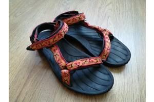 б/у Женские сандали