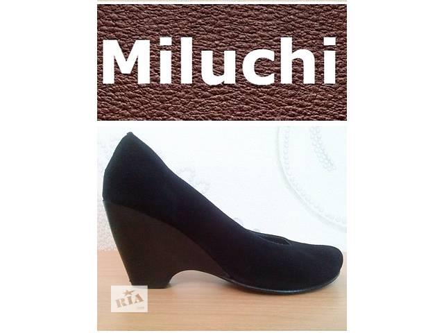Туфлі замшеві на танкетці Miluchi - Жіноче взуття в Броварах на RIA.com 36df8c8c2a75c