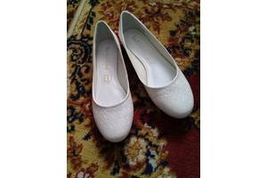 c7682c2f8c672a Жіноче взуття Каховка (Херсонська обл.) - купити або продам Жіноче ...