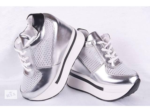 Жіночі кросівки на платформі 0060 - Жіноче взуття в Мелітополі на ... e05800c5d0179