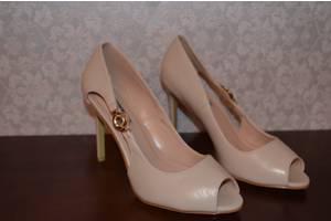 966cd15e80376c Жіночі туфлі. Натуральний замш,нові,35 розмір. Високий стійкий ...