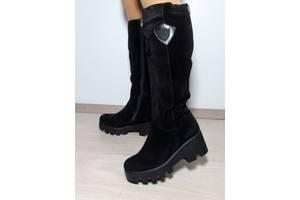 Нові Чоботи Добавить фото. Зимові чорні замшеві шкіряні чоботи на товстій  підошві 8334f33226bc5