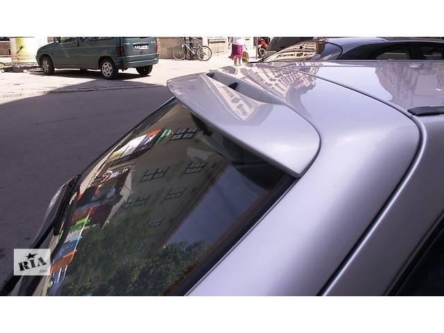 купить бу Спойлер крышки багажника Ford Fiesta mk5 Форд Фиеста МК5 в Луцке