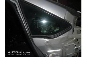 Стекла двери Toyota Auris