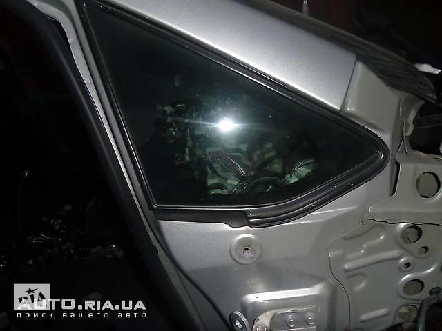 продам Стекло заднее и молдинги для Toyota Auris бу в Коломые