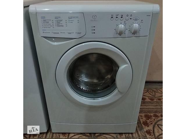 купить бу Пральна машинка Indesit 5 кг в Києві