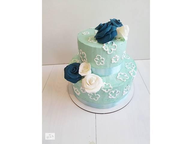 продам Свадебные торты на заказ двух, трехярусне. Свежие продукты! бу в Киеве