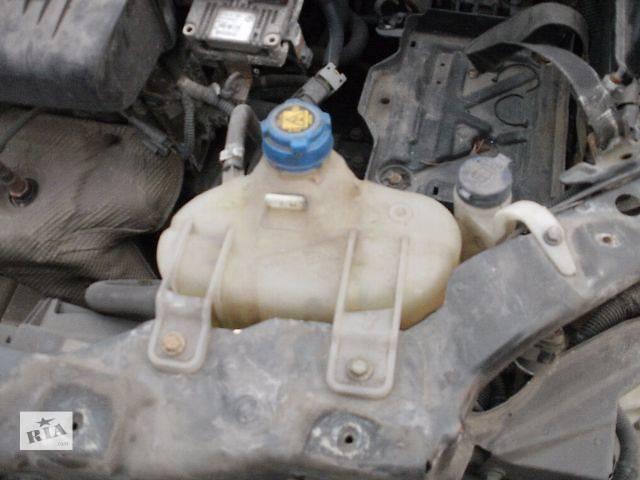 купить бу Система охлаждения Бачок расширительный Легковой Fiat Linea 1.4 Седан 2008 в Нововолынске