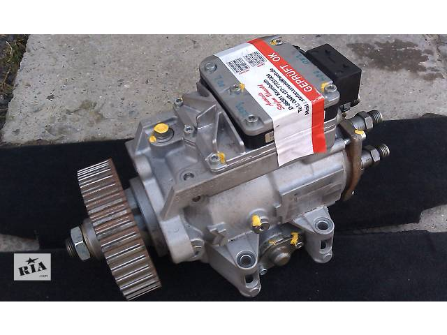 продам  Топливный насос высокого давления/трубки/шест для легкового авто Audi A6 бу в Ровно