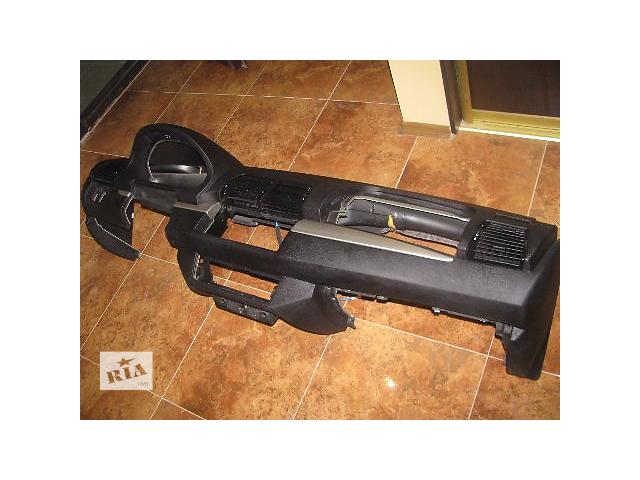 продам торпедо/накладка для BMW X5, 2003 бу в Львове