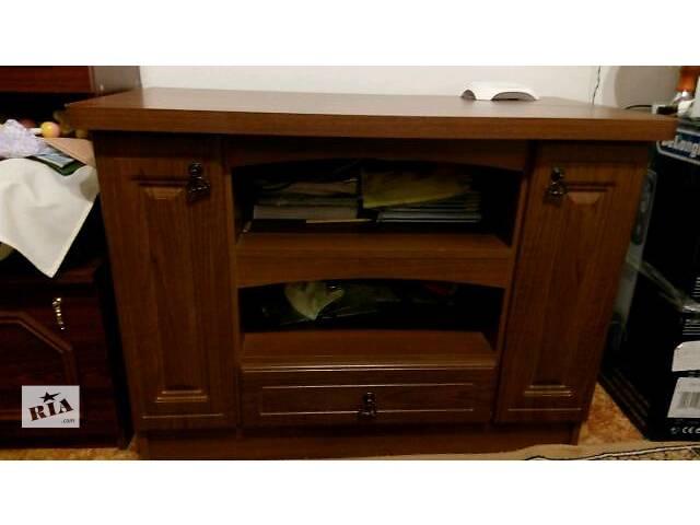 тумбочка ( столик под телевизор)- объявление о продаже  в Ровно