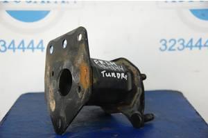 Усилитель бампера FR TOYOTA TUNDRA 07-13