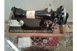 б/в Ручні швейні машинки