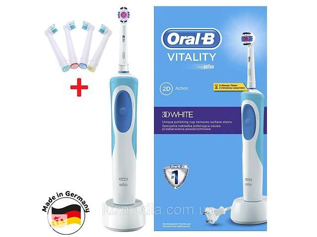 продам Зубная электрощетка Braun Oral-B Vitality 3D White (D12.513) c насадкойEB18p 3D White Luxe + 4 насадки EB17-P бу в Луцьку