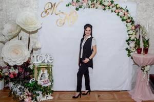Ведущая на свадьбу Ксения Лебедь