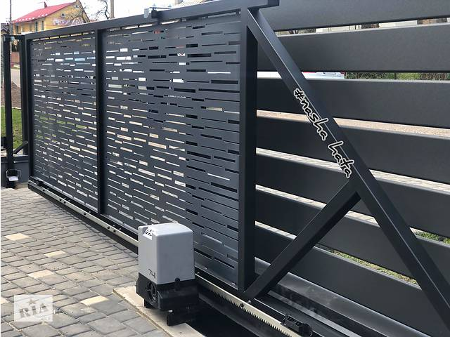 продам Откатные уличные ворота на пульте от производителя. Современное наполнение. бу в Тернополе