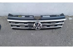 Продається оригінальна решітка радіатора б/у до Volkswagen Tiguan-2, Allspace 2016-2019