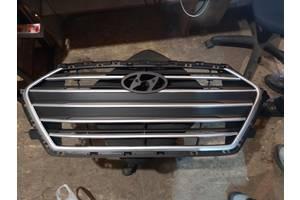 Решетка радиатора для Hyundai Elantra 2015-2019
