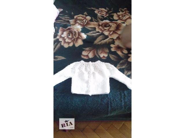 бу Вязаные белоснежные кофточки на 3 месяца до года! в Кельменцах