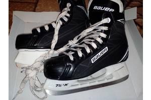 б/у Коньки для игры в хоккей