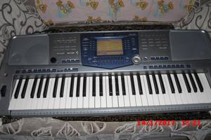 б/в Клавішні інструменти Yamaha