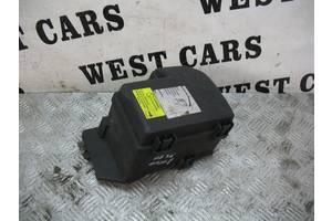 Б/У Корпус блока предохранителей 2.4d XC90 2002 - 2006 8645259. Вперед за покупками!