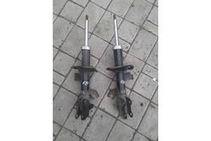 Амортизаторы задние/передние Nissan TIIDA