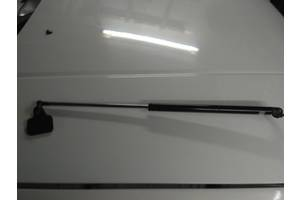 б/у Амортизаторы кабины Mazda 626