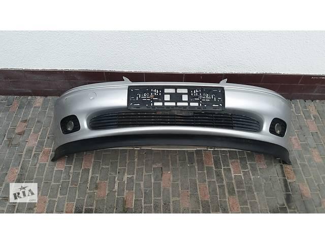 купить бу Б/у бампер передний для Opel Vectra B 1996-2002 в Львові