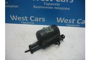 б/в Кронштейни паливних фільтрів Kia Cerato