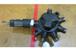 б/в Датчики тиску палива в рейці Renault Kangoo