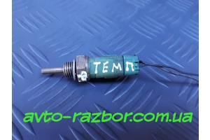 б/у Датчики температуры охлаждающей жидкости Fiat Doblo