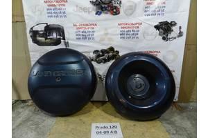 Б/у тримач запаски для Toyota Land Cruiser Prado 120