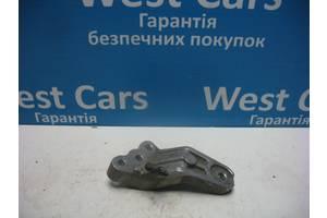 Б/У Кронштейн двигуна i30 2007 - 2012 218152H200. Вперед за покупками!