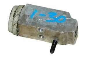 Б/У Клапан кондиционера HYUNDAI I30 07-12
