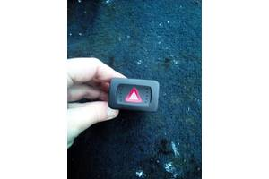Б/у кнопка аварійки для Volkswagen Bora