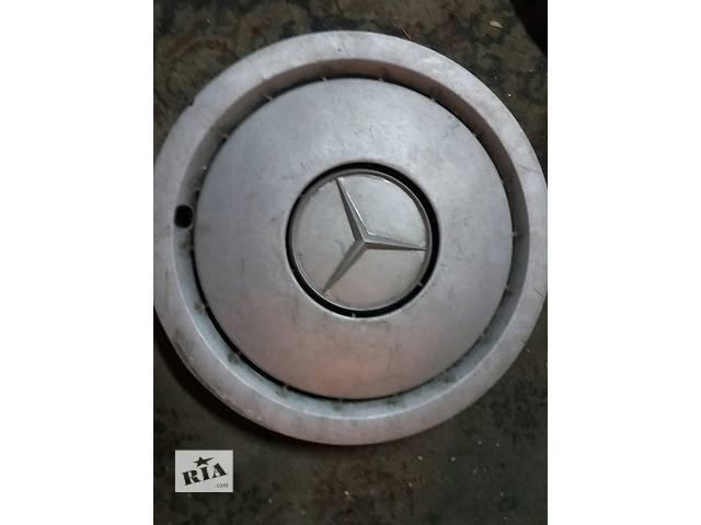 продам Б/у колпак Mercedes  w201 (190) r 14 бу в Киеве