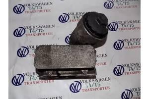 Корпус масляного фильтра  2.5 dCi  для Volkswagen T5 (Transporter) 2003-2010