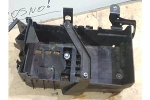 б/в Корпуси під акумулятор Opel Astra J