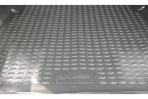 б/у Ковры багажника Mitsubishi Outlander XL