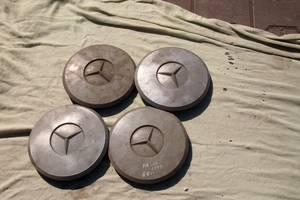 Б/у колпак на диск для Mercedes 100 на мерселес мб 100 колпаки оригинал не битые не клеїні цена за один